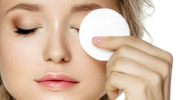 https://healthdirectory.pro/blog/wp-content/uploads/2019/07/make-up-remove-625_625x350_71442303978.jpg